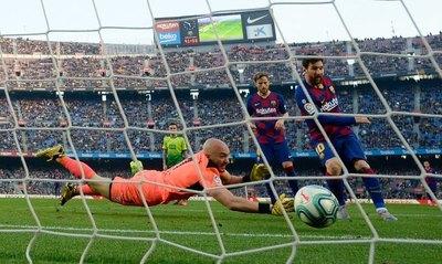 Por la Champions League juegan Barcelona-Napoli y Chelsea-Bayern
