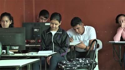 Colegio Técnico San Miguel con énfasis en informática precisa de más computadoras
