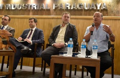 "Benigno López insiste en que no buscan ""confiscar"" fondos jubilatorios"
