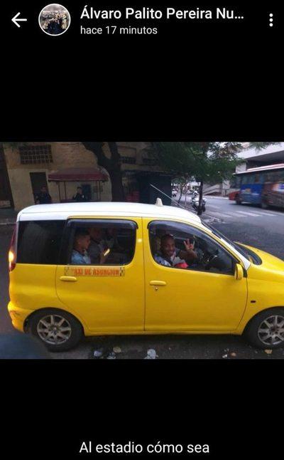 El Kelito, en taxi al estadio