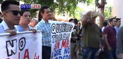 Conductores de MUV y Uber protestan en contra de ordenanza sanlorenzana