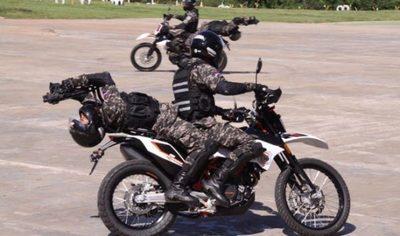 Imputan a dos agentes del Grupo Lince por golpear a motociclista