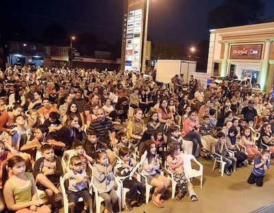 Century Plaza Lambaré celebró aniversario