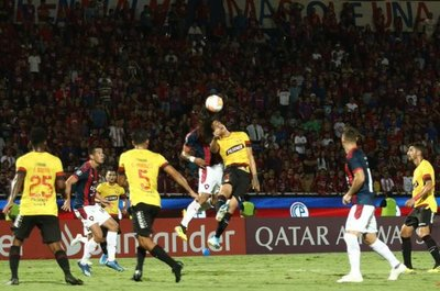 Cerro Porteño cayó ante el Barcelona y quedó fuera de la Copa Libertadores