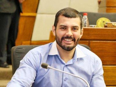 Hugo Ramírez anuncia que pugnará por la Intendencia de Asunción