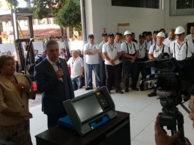 Primer cargamento de máquinas de votaciónya llegaron al país