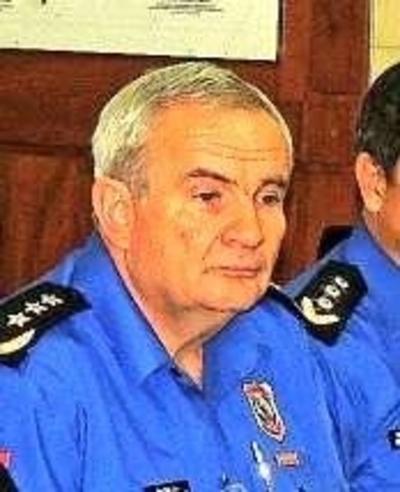 HOY / Seguridad: uno de 'absoluta confianza' de Euclides por 'mimado' de Villamayor