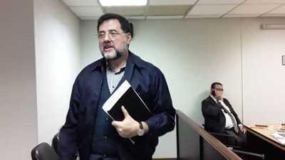 Confirman pena de 3 años a exministro del MEC Luis Riart
