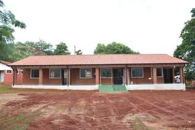 Gobernación inaugura pabellón en escuela de Pastoreo
