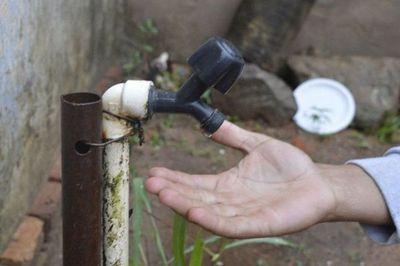 Doce barrios sin agua: Usuarios reclaman no tener servicio hace más de dos días