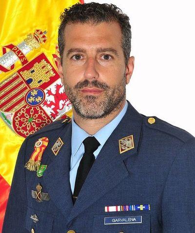 Piloto muere al precipitarse avión militar español al mar, el tercero en un año