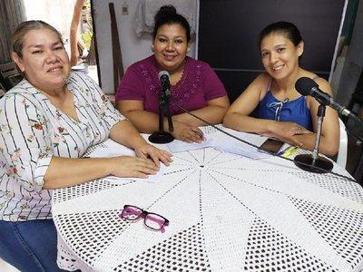 Domésticas de Paraguay cumplen un año haciendo radio