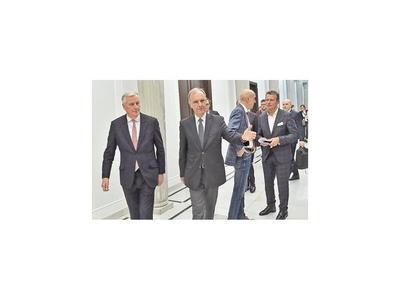 Londres rechaza las reglas de UE y dejaría negociación posbrexit