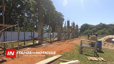 AVANZA CONSTRUCCIÓN DE POLIDEPORTIVO EN GRAL. ARTIGAS