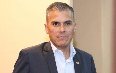 """Eduardo González y la unidad colorada: """"Todo el mundo tiene derecho a candidatarse pero hay personas que anteponen sus intereses personales"""""""