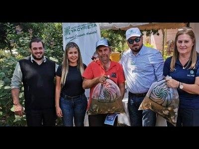 GOBERNACIÓN Y EBY ENTREGARON 8000 ALEVINES DE PACÚ A PSICULTORES DE SAN JUAN DEL PARANÁ