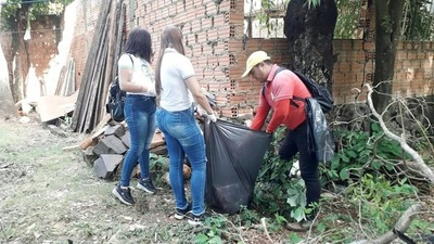 Realizan minga ambiental en barrio Tres Fronteras de Franco
