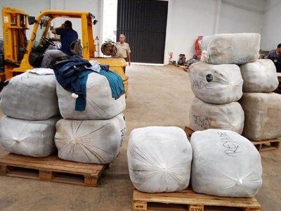 Imputan y ordenan captura de aduanero por supuesto contrabando