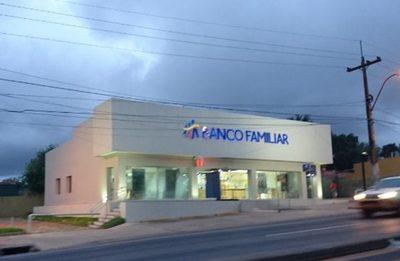 Detienen a brasileño por supuesto intento de robo en sucursal de banco en Ñemby