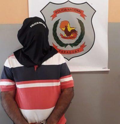 Detienen a prepotente guardia de seguridad tras agredir a su pareja