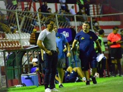Celso Ayala deja de ser entrenador de Luqueño