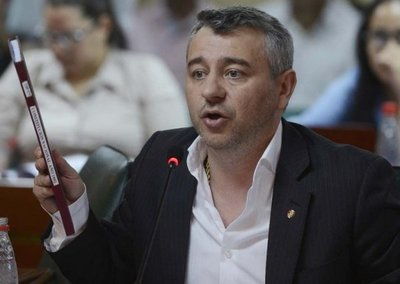 Centurión niega intenciones de Mario Abdo de postergar internas de la ANR