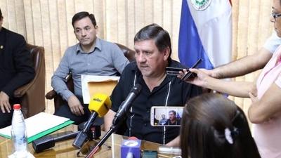 HOY / Llano recibe terna y dice que elegido debe mantenerse lejos de partidos políticos
