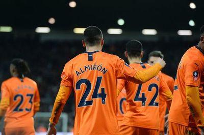 Doblete de Almirón en la FA Cup