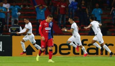 HOY / Pega fuerte en su estreno en la Libertadores