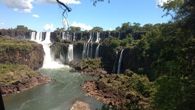 Cataratas del Iguazú ofrece un espectáculo diferente