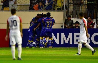 ¿Cuál fue el único equipo paraguayo que midió al Delfín?