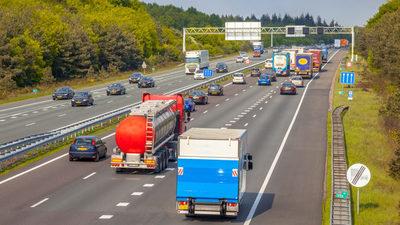 Prohibirán que los camiones de más de 7,5 toneladas giren a la derecha en Viena