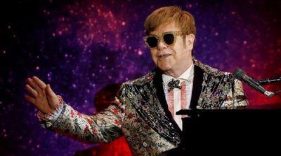 Elton John suspende concierto en Nueva Zelanda al quedarse sin voz