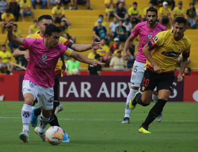 Independiente del Valle golea al Barcelona en Guayaquil