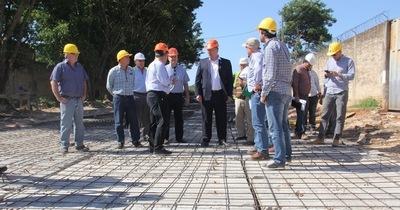 Obras del Acceso Laguna Grande concluirán en octubre del 2.017, anunciaron