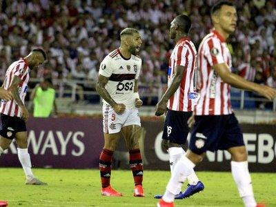 Flamengo arranca la defensa del título con un gran triunfo