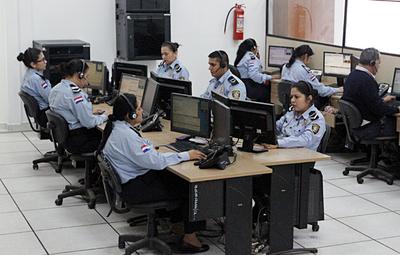 Personal de blanco colaborará con el 911 para atender consultas y posibles emergencias sobre coronavirus