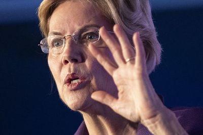 Warren abandona la carrera demócrata a la Casa Blanca
