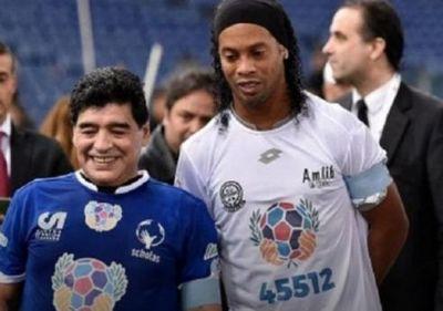 El mensaje de Maradona para Ronaldinho