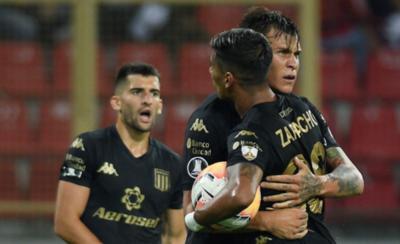 HOY / Racing Club y Nacional pegan primero en el Grupo F
