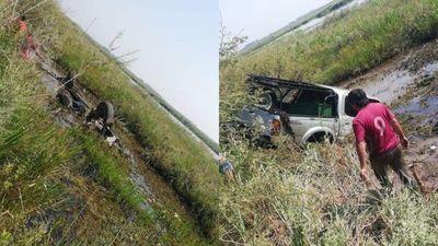 Urgente; vuelco fatal en el tramo Santa Rita-Yabebyry, hay dos fallecidos