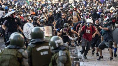 Chile marchó contra la reforma de la Constitución