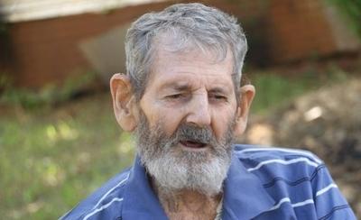 HOY / El hombre que vivió 40 años en el monte