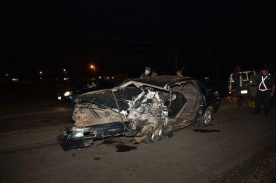 Un muerto y dos heridos tras choque frontal en Guarambare
