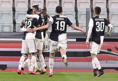 Juventus recupera el liderato en un estadio vacío