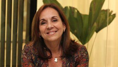 """María Irene Gavilán: """"Hoy en día las mujeres ya no son educadas para cumplir con las expectativas de otros, sino que buscan construir su camino"""""""