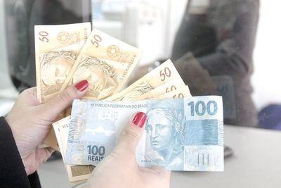 Real se devaluó 10 veces más que el guaraní frente al dólar