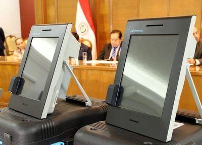 Garantizan protección de las máquinas de votación