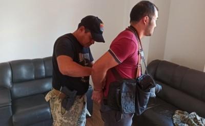 Diagnóstico confirma lesiones en periodista arrestado por marinos