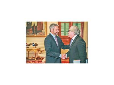Paraguay apoyará reelección de Luis Almagro en la OEA